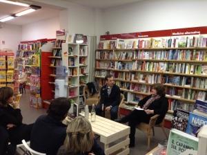 Emilio Alessandro Manzotti_Presentazione Romanzo Freccia Libreria Ubik Irnerio 3